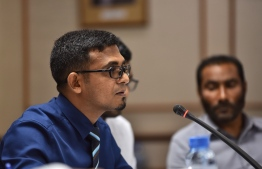 People's Majlis Financial committee Budget - Finance minister Munawwar speaking. PHOTO: HUSSAIN WAHEED / MIHAARU