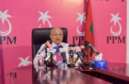 Ruling PPM leader and former president Maumoon Abdul Gayoom speaks during the press conference on Thursday. MIHAARU PHOTO/MOHAMED SHARUHAAN