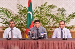 Government representatives for the all party talks headed by fisheries minister Dr Shainee (C) pictured during the press conference on Monday. MIHAARU PHOTO/NISHAN ALI