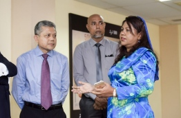 Maldives governor Azeema Adam (R) pictured during the MMA credit guarantee agreement signing ceremony in August. She has been implicated in a plot to launder USD1.5 million dollars through the central bank. MIHAARU FILE PHOTO/NISHAN ALI