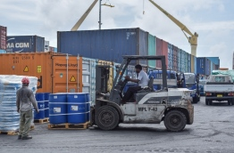 Unloading cargo at the commercial harbour of Maldives Ports Limited. FILE PHOTO: ALI NISHAN/MIHAARU