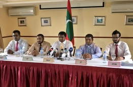 Ruling Progressive Party of Maldives (PPM), main opposition Maldivian Democratic Party (MDP), religiously conservative Adhaalath Party (AP), government aligned Jumhoory Party (JP) and Dhivehi Rayyithunge Party (DRP) put up a united front during a joint press conference on Thursday to voice disapproval over the continued withholding of state funds. PHOTO/MDP