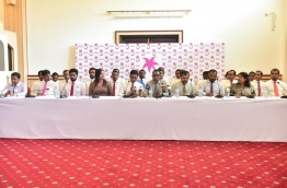 PPM parliamentary group and council members loyal to president Yameen pictured during a press conference held at the Dharubaaruge convention centre on Thursday. MIHAARU PHOTO/MOHAMED SHARUHAAN