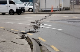 Rescuers in New Zealand were scrambling Monday to reach the epicentre of a powerful 7.8 earthquake that killed at least two people and sparked a tsunami alert that sent thousands fleeing for higher ground. / AFP PHOTO / Marty Melville