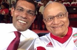 Former Presidents Maumoon Abdul Gayoom and Mohamed Nasheed taking a selfie