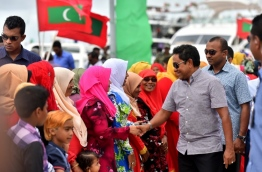 President Yameen being welcomed by the people of GA. Gemanafushi. PHOTO: Presidency Maldives