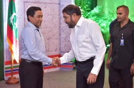 Jumhoory Party leader Gasim Ibrahim (C) greets president Yameen. MIHAARU FILE PHOTO/NISHAN ALI