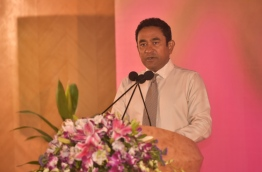President Yameen speaks at function held to receive membership forms of newly signed PPM members from Gaafu Alif atoll. PHOTO: HUSSAIN WAHEED/MIHAARU