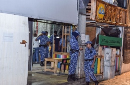 Police raid MDP's main activity hub in capital Male over the party's alleged plans to disrupt the official visit of Saudi Arabi's King Salman to the Maldives. PHOTO: NISHAN ALI/MIHAARU