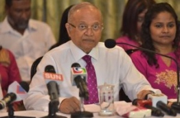 Former president and leader of ruling Progressive Party of Maldives (PPM) Maumoon Abdul Gayoom at the press conference where he declared against incumbent president Abdulla Yameen Abdul Gayoom's government. PHOTO: MOHAMED SHARUHAAN/MIHAARU