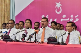 Lawmakers of the PPM/MDA govt coalition speak at a press conference. PHOTO: NISHAN ALI/MIHAARU