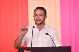 Lawmaker Ali Hussain speaking at Opposition Rally. PHOTO:Hussain Waheed/Mihaaru