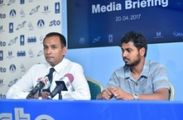 STO's managing director and CFO speak to reporters about the new rates of staple food and oil products. PHOTO: HUSSAIN WAHEED/MIHAARU