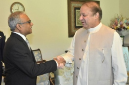 Foreign Minister Dr Mohamed Asim calls on PM of Pakistan Nawaz Shareef. PHOTO:Foreign Ministry
