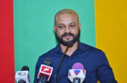 MP Faris Maumoon speaking at the Opposition rally held at MDP hub PHOTO:Hussain Waheed/Mihaaru