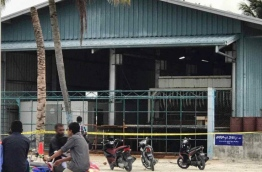 Police block off ice plant in H.A. Ihavandhoo after local man found murdered inside.