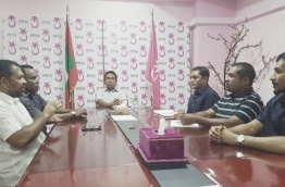 President Yameen meets with the leadership of PPM. PHOTO/AHMED NIHAN