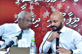 MDP PG leader Ibrahim Mohamed Solih (L) and Dhiggaru MP Faris Maumoon at an opposition press conference.