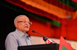 Former president Maumoon Abdul Gayoom speaking at an opposition coalition rally held at M.Kunooz in Male on September 9, 2017. PHOTO / MIHAARU