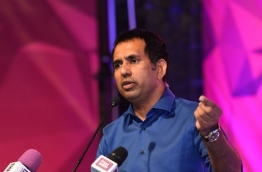 Economic minister Mohamed Saeed speaks at a rally in Hithadhoo, Addu. PHOTO/ASURUMA