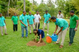 Aaital Khosla (C), Miss Earth India 2015, pictured at the tree planting programme at Sun Island Resort and Spa. PHOTO/SUN ISLAND