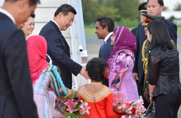 Chinese president Xi Jinping greets Maldives president Abdulla Yameen during the former's visit to the Maldives in 2014.