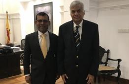Former president Mohamed Nasheed (L) poses for picture with Sri Lankan prime minister Ranil Wickremesinghe. PHOTO/MOHAMED NASHEED TWITTER