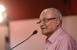 Former President Maumoon Abdul Gayoom speaks at joint opposition rally. PHOTO: HUSSAIN WAHEED/MIHAARU