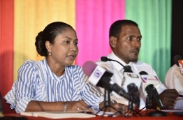 Lawyer Hisaan Hussain (L) and former deputy Prosecutor General Hussain Shameem (R) speaking at a press conference held on February 2, 2018, following the apex court's landmark ruling to release all political prisoners and reinstate the unseated parliamentarians. MIHAARU PHOTO / HUSSEIN WAHEED