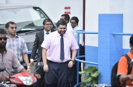 Recently reinstated MP Sinan coming out of the Criminal Court on February 5, 2018. MIHAARU PHOTO / HUSSEN WAHEED