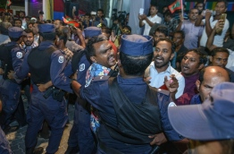 Police breaking up an opposition gathering near MDP main Hub.