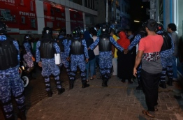 Police trying to control an opposition rally. PHOTO/HUSSAIN ALI/ MIHAARU