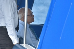 Former President Maumoon Abdul Gayoom arrives in a police speedboat for a remand hearing at the Criminal Court on March 20, 2018. PHOTO: NISHAN ALI/MIHAARU