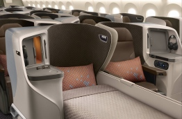 View of the Business Class seats in Singapore Airline's new Boeing 787-10 / SINGAPORE AIRLINES