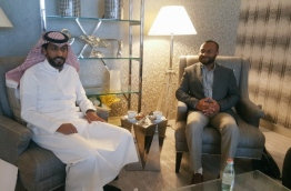 Islamic University of Maldives (IUM)'s Chancellor Dr. Mohamed Shaheem Ali Saeed meets with a senior official in Saudi Arabia.