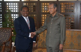 Former President Mohamed Waheed (L) and Dr.Mahathir Mohamad. PHOTO/MIHAARU