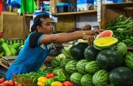 Produce at the local market during Ramazan. PHOTO: HUSSAIN WAHEED/MIHAARU