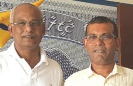 Former President Mohamed Nasheed (R) with the opposition coalition's presidential candidate Ibrahim Mohamed Solih (Ibu).