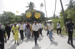 "Hinnavaru MP Ibrahim ""Ibu"" Mohamed Solih accompanied by a procession of supporters during his campaign visit to Baa Atoll. PHOTO/MIHAARU"