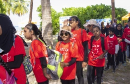 September 1, 2018, L. Maabaidhoo: Students pictured at the Laamu Turtle Festival 2018. PHOTO: HAWWA AMAANY ABDULLA / THE EDITION
