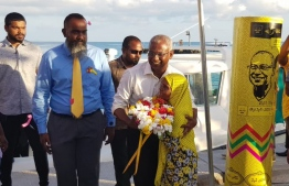 Opposition candidate Ibrahim Mohamed Solih (Ibu) in Lh.Hinnavaru during his campaign stop. PHOTO/MDP