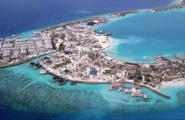 Aerial view of development is slated to open as the Waldorf Astoria Maldives Ithaafushi, a five-star resort of 138 private villas, each with its own pool and jacuzzi. Leaked records show the island was leased in 2015 to a local subsidiary of ASSETS Real Estate Development, a Qatar-based company run by Syria-born brothers Moutaz and Ramez Al-Khayyat for a mere $1.5 million. PHOTO: OCCRP
