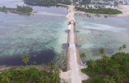 Overhead view of the causeway linking the islands of Hoadedhdhoo and Madaveli in Gaafu Dhaal Atoll. PHOTO/HOUSING MINISTRY