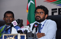Fenaka Corporation's MD Mohamed Lamaan speaks at a press conference. PHOTO: AHMED NISHAATH/MIHAARU