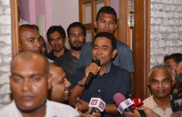 President Abdulla Yameen speaks to the press during the PPM protest held October 1, 2018 over an audio leaked of EC's President Ahmed Shareef. PHOTO/MIHAARU