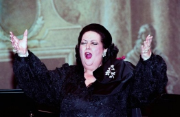 (FILES) In this file photo taken on April 14, 1993 World Spanish opera star Montserrat Caballe performs at the Opera Garnier in Paris to celebrate her 60th birthday. The famous Spanish soprano Montserrat CaballÈ died on October 6, 2018 at age 85 in Barcelona, according to the Sant Pau hospital sources in Barcelona. / AFP PHOTO / PIERRE VERDY
