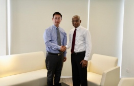 Chinese Ambassador to Maldives Zhang Lizhong with President-Elect Ibrahim Mohamed Solih. PHOTO: MIHAARU