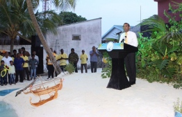 Former President Mohamed Nasheed speaks to the people of HA.Dhidhdhoo. PHOTO/MDP