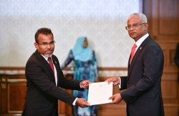 Attorney General Ibrahim Riffath (L) and President Ibrahim Mohamed Solih. PHOTO/PRESIDENT'S OFFICE