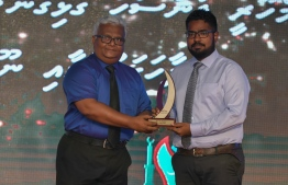 Mohamed Sharuhaan Waheed (RaajjeMV) wins Photo Journalism Award, beating out Hussain Waheed (Mihaaru) and Nishan Ali (Mihaaru) / PHOTO: MIHAARU